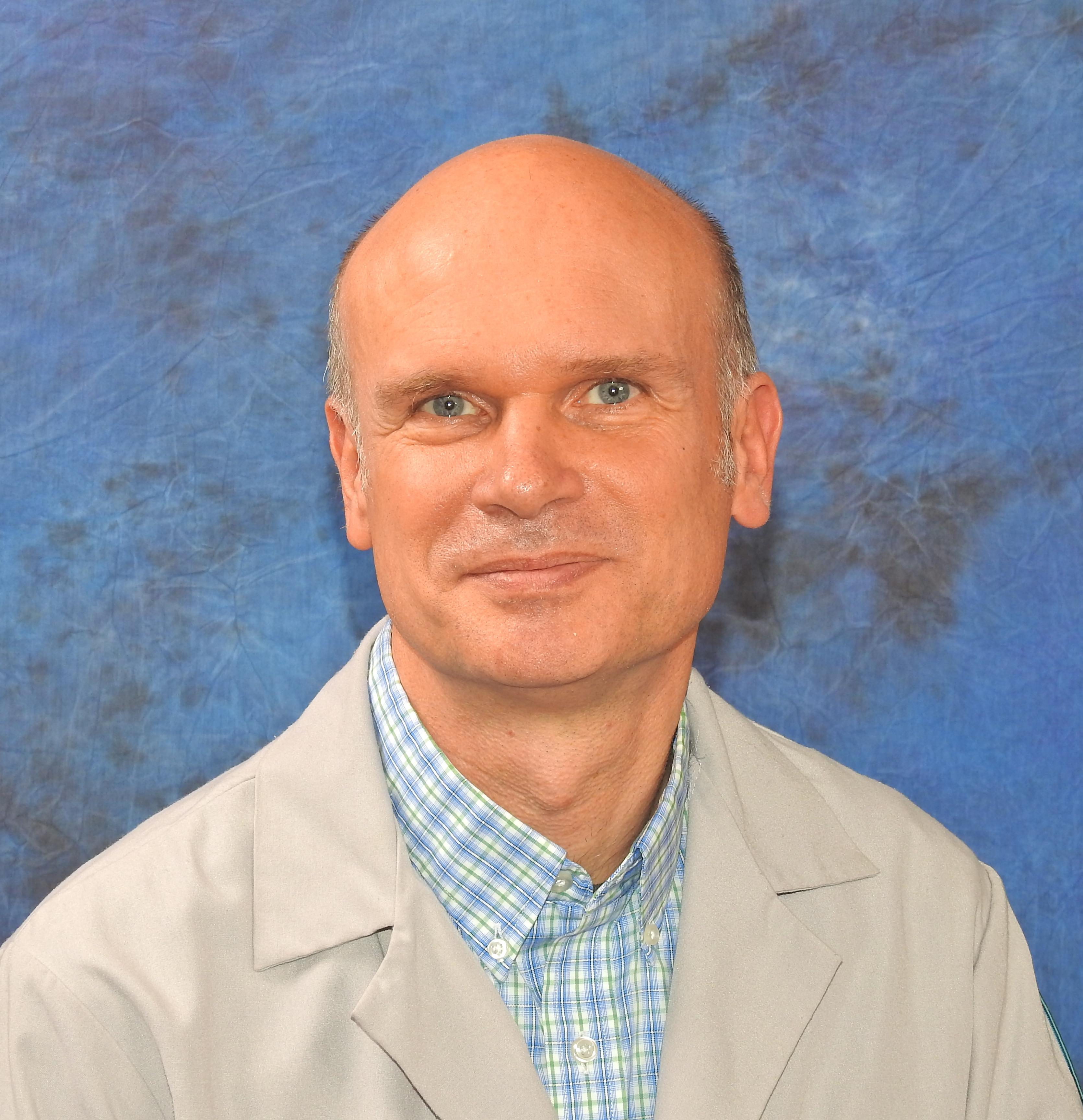 Joerg Albrecht, MD
